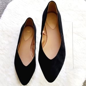 H&M Black Faux Suede Pointed Toe Flats